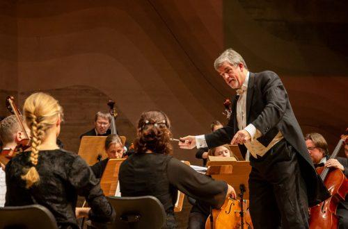 Arn Goerke, Kammerorchester der Universität Regensburg (KUR), Foto: Michaela Schmid
