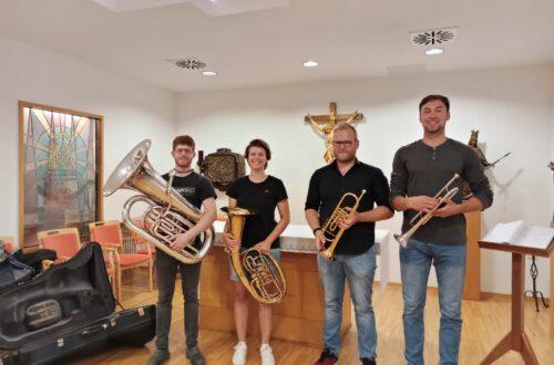 Constantin Benninger - Tuba, Theresa Gößl - Tenorhorn, Alexander Fußstätter und Florian Sepperl - Trompete