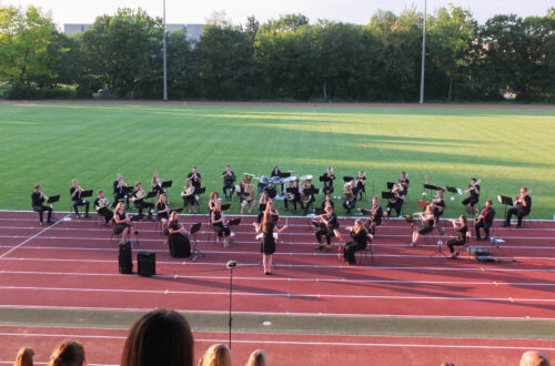 Open-Air-Konzert im Sportstadion der Universität Regensburg